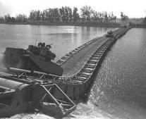 إنشاء أول كوبري (ثقيل) للفرقة 19 المشاة