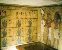 اكتشاف مقبرة توت عنخ أمون