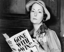 ولدت الروائية الأمريكية مارجريت ميتشل Margaret Mitchell