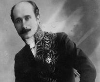 وفاة الشاعر الفرنسي إدموند روستان Edmond Rostand
