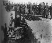 مجزرة الركبة المجروحة Wounded Knee Massacre