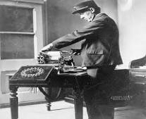 نجاح تجربة مورس الخاصة بالتلغراف الكهربائي لأول مرة