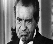 ولد ريتشارد نيكسون رئيس الولايات المتحدة الأمريكية