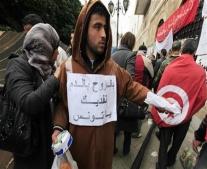 بن علي يتنحي عن السلطة ويغادر البلاد