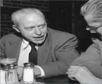 ولد العالم الفزيائي الأمريكي والتر براتين Walter Brattain