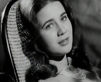 ولدت الممثلة المصرية زبيدة ثروت