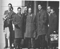 التوقيع علي إتفاقيات إيفيان بين الجزائر و فرنسا.