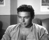ولد الممثل المصري احمد رمزي