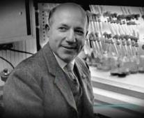 توفي العالم الكميائي الأمريكي ملفين كالفن Melvin Calvin