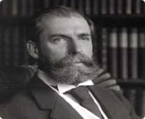 ولد السياسي والمحامي الأمريكي تشارلز إيفانز هيوز Charles Evans Hughes