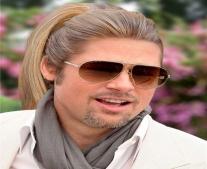 """ولد الممثل والمنتج الأمريكي براد بيت """"Brad Pitt"""""""