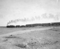 أول خط سكة حديد عابر للقارة وذلك في الولايات المتحدة