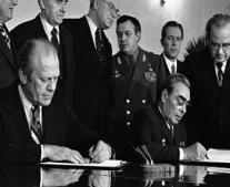 """اتفاقية بين الاتحاد السوفيتي والولايات المتحدة """"سولت-1"""""""