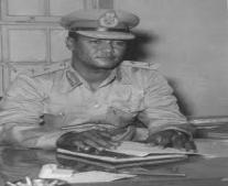 جعفر نميري يقوم بانقلاب على حكومة محمد أحمد محجوب ويتولى الحكم في السودان