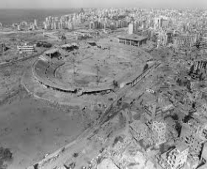 الجيش الإسرائيلي بقيادة أرئيل شارون يدخل لبنان