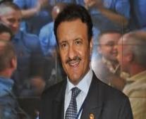 """ديسكفري تنطلق وعلى متنها أول رائد فضاء عربي """"الأمير سلطان بن سلمان"""""""