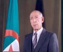إغتيال الرئيس الجزائري محمد بوضياف بأحد المسارح في عنابة