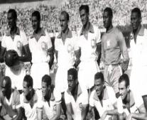 أول بطولة لكأس العالم لكرة القدم في الأوروغواي