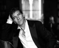 """ولد الممثل والمخرج أنطونيو بانديراس """"Antonio Banderas"""""""