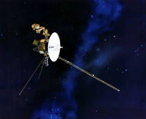 """إطلاق المسبار الفضائي فوياجر 2 """"Voyager II"""""""