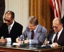 توقيع اتفاقية كامب ديفيد