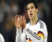 ولد لاعب كرة القدم الألماني مايكل بالاك Michael Ballack