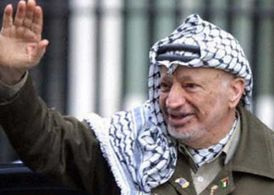 الولايات المتحدة الامريكية ترفض منح الرئيس الفلسطيني ياسر عرفات تأشيرة دخول لإلقاء خطاب في مقر الأمم المتحدة في نيويورك