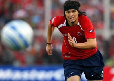 ولد لاعب كرة القدم التشيلي والدو بونس Waldo Ponce