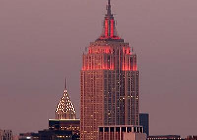 تدشين ناطحة السحاب الأمريكية إمباير ستيت (Empire State Building)