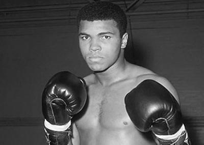 ولد الملاكم العالمي محمد علي كلاي