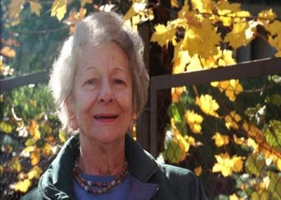 توفت الشاعرة البولندية فيسوافا شيمبورسكا