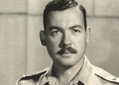 ولد السياسي المصري حسين الشافعي