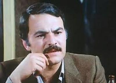 توفي الممثل المصري حاتم ذو القار