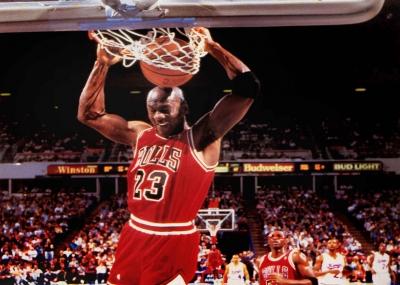 ولد لاعب كرة السلة الأمريكي مايكل جـوردن Michael Jordan