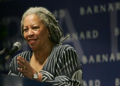 ولدت الروائية الامريكية توني موريسون Toni Morrison