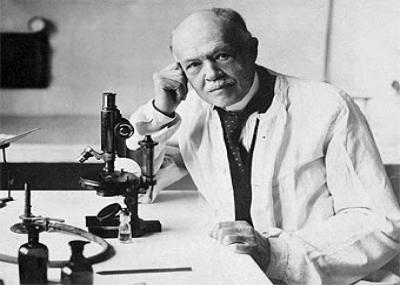 توفي الطبيب الفرنسي شارل نيكول Charles Nicolle