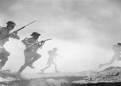 بدأ الهجوم الألماني علي تونس في معركة مدنيين