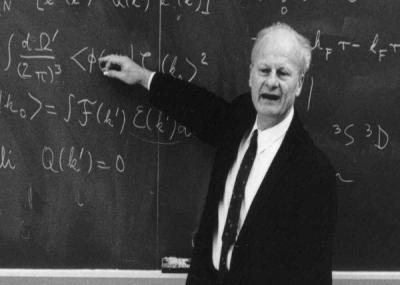 توفي العالم الفزيائي الألماني هانز ألبرخت بيته Hans Albrecht Bethe