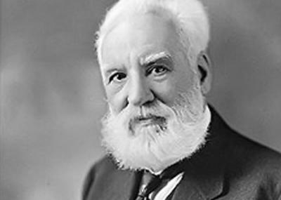 حصول ألكسندر جراهام بيل Alexander Graham Bell علي براءة إختراع الهاتف