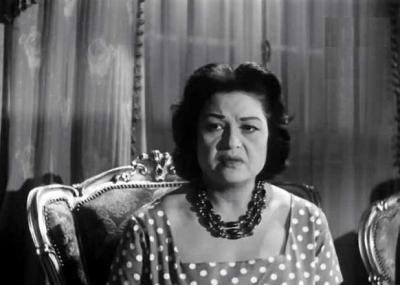 ولدت الممثلة المصرية عقيلة راتب