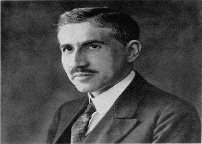 ولد الطبيب والعالم الكميائي الألماني أوتو فريتس مايرهوف Otto Fritz Meyerhof