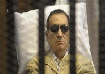إصدار قرار النائب العام بحبس الرئيس المصري السابق حسني مبارك