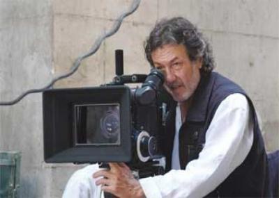 ولد الممثل ومدير التصوير السينمائي طارق التلمساني