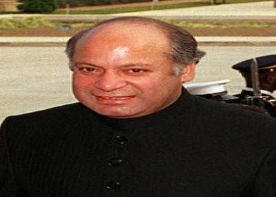 رئيس وزراء باكستان السابق نواز شريف يعود إلى باكستان بعد سبع سنوات في المنفى