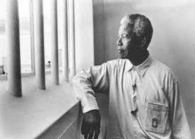 نيلسون مانديلا أول رئيس أفريقي لجنوب أفريقيا
