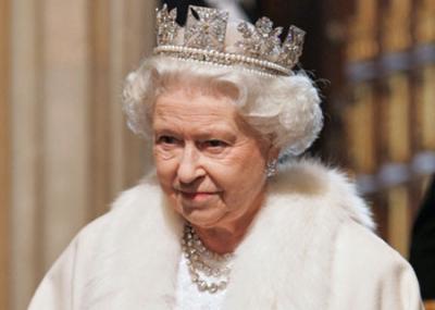 تتويج الملكة إليزابيث الثانية ملكة على العرش البريطاني
