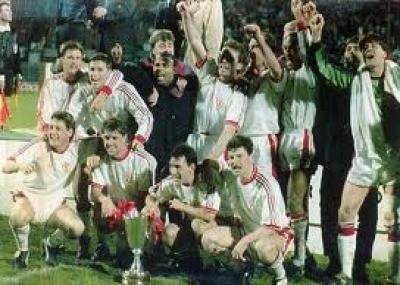 مانشستر يونايتد يحرز لقب كأس الاتحاد الأوروبي للأندية أبطال الكؤوس