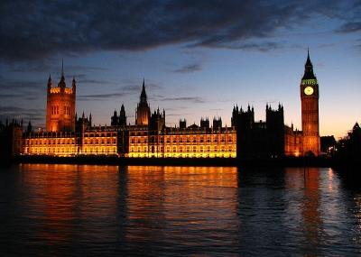 صدور قانون المثول في إنجلترا