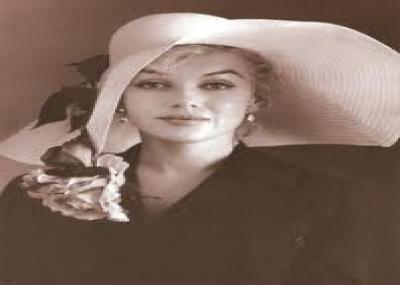 """ولدت أسطورة السينما الأمريكية مارلين مونرو """"Marilyn Monroe"""""""