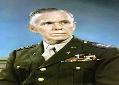 """بعد الحرب العالمية الثانية جورج مارشال يعلن عن مشروع مارشال """"Marshall Plan"""""""